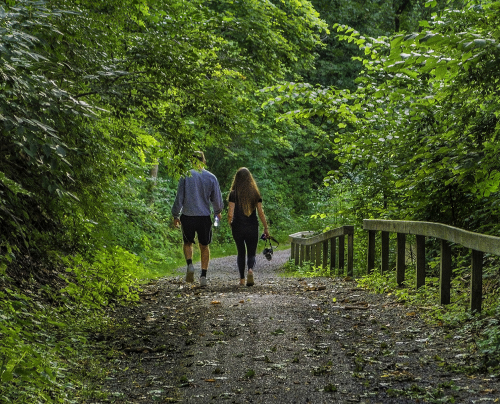 Beaty Landing - park - trail - hill - couple walking - Lake Metroparks - Photo by Jim Marquardt