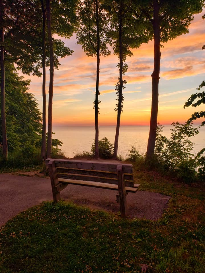 Lake Erie Bluffs - dusk - Lake Erie - Lake Metroparks - LeeAnn Duke