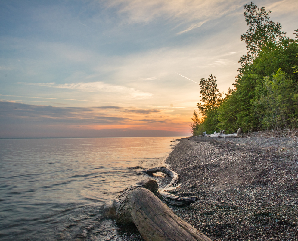 Lake Erie Bluffs - Lake Erie -  Lake Metroparks - photo by Kevin Vail