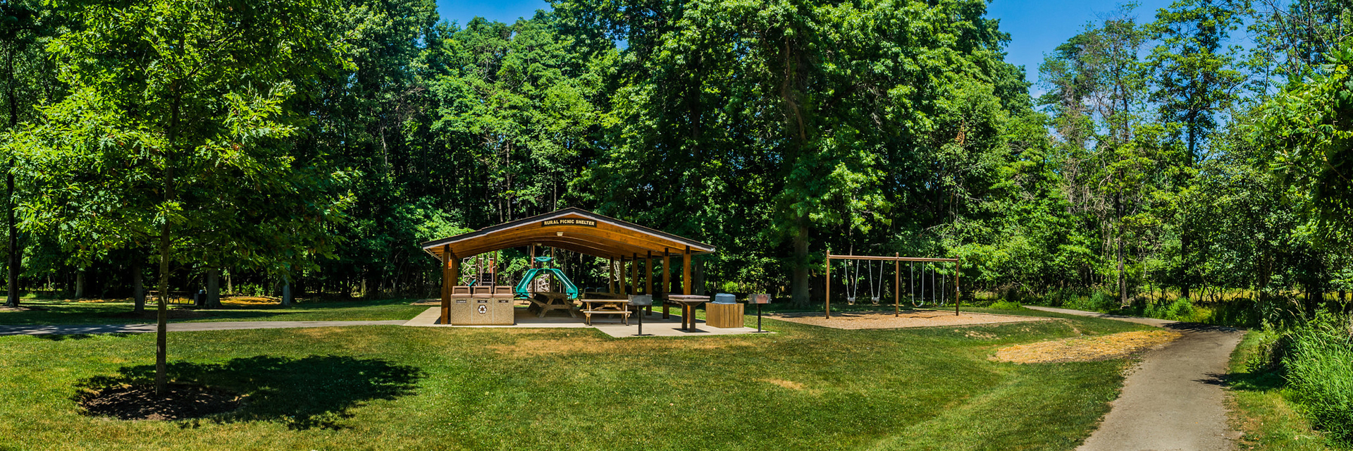 Reservable Chagrin River Park Rural Drive Shelter