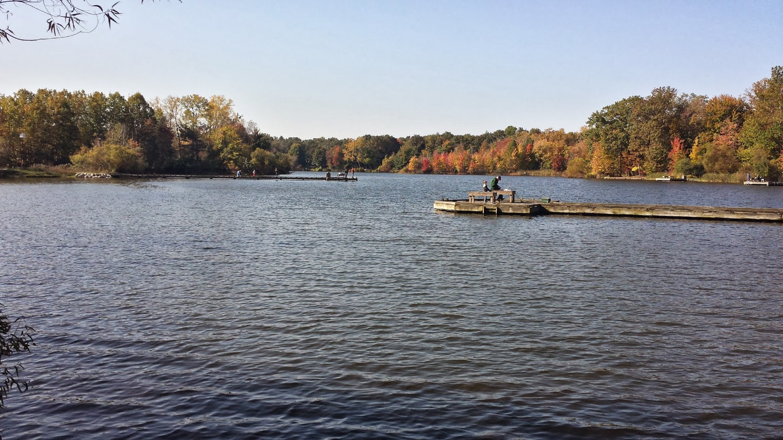 Veterans park pond stocked today at lake metroparks lake for Fishing conditions today